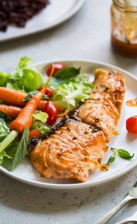 salmon-with-salad